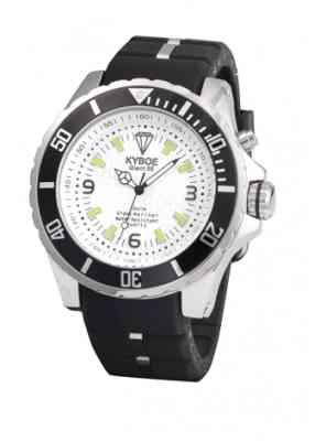 Черные часы с белым циферблатом